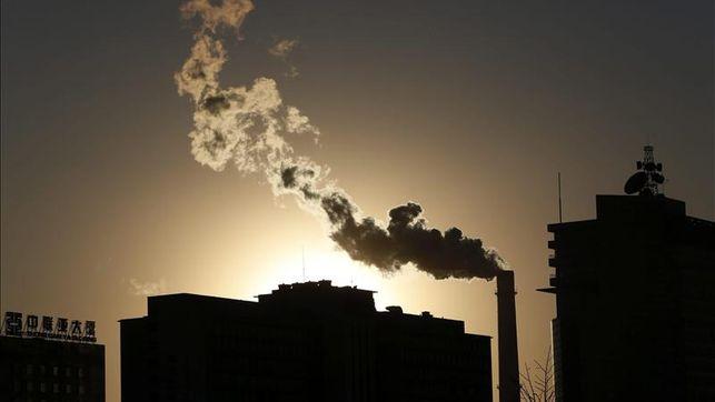 El CO2 en la atmósfera supera récord histórico de 400 partes por millón EFE